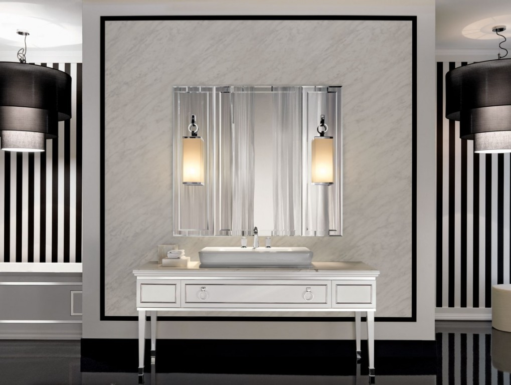 Image of: Modern Decorative Wall Mirrors Sets