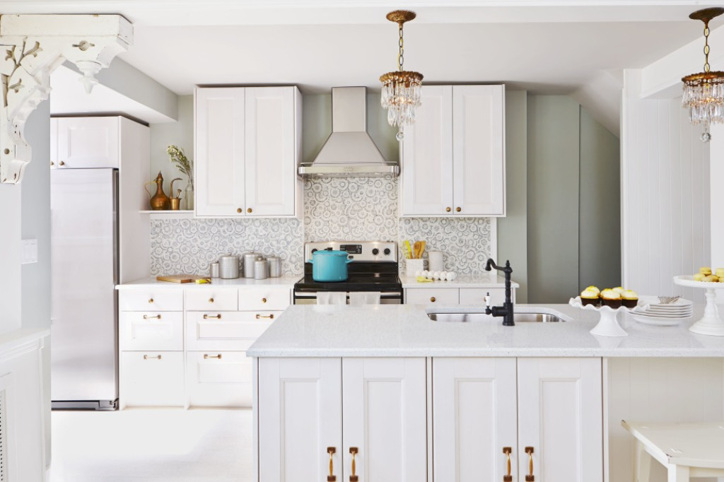 Picture of: Modern Kitchen Wall Décor Accessories