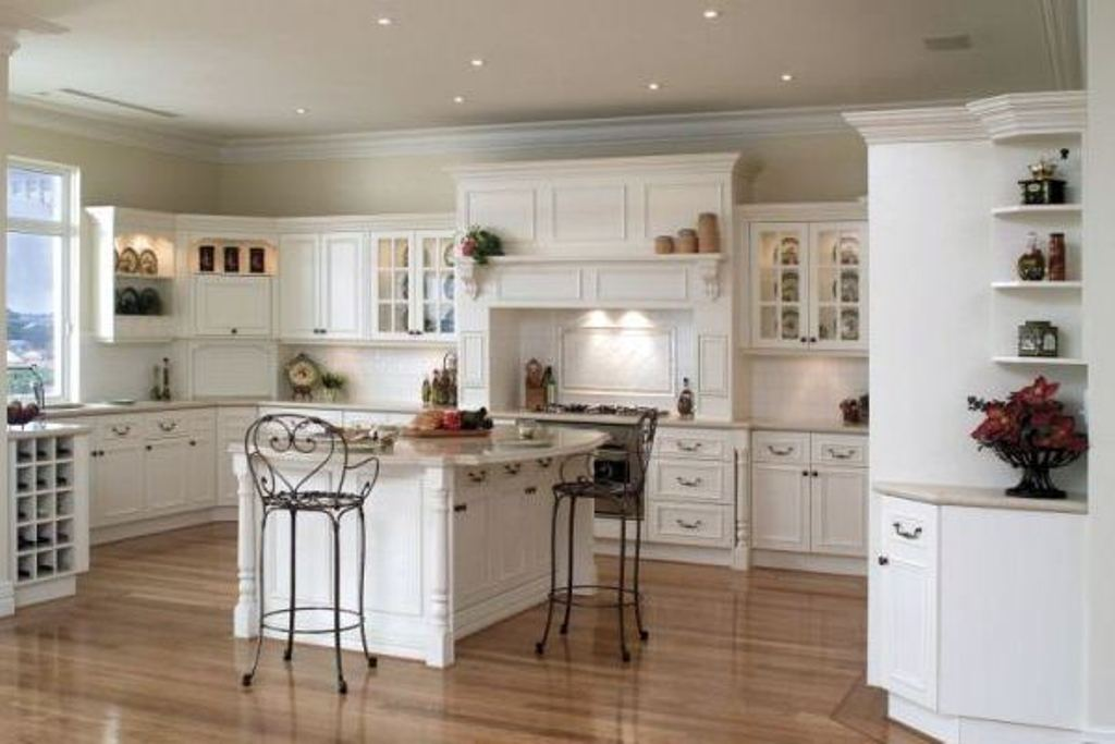 Picture of: Modern Kitchen Wall Décor Painting