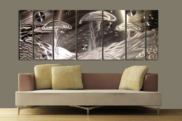 Modern Metal Wall Decor Idea