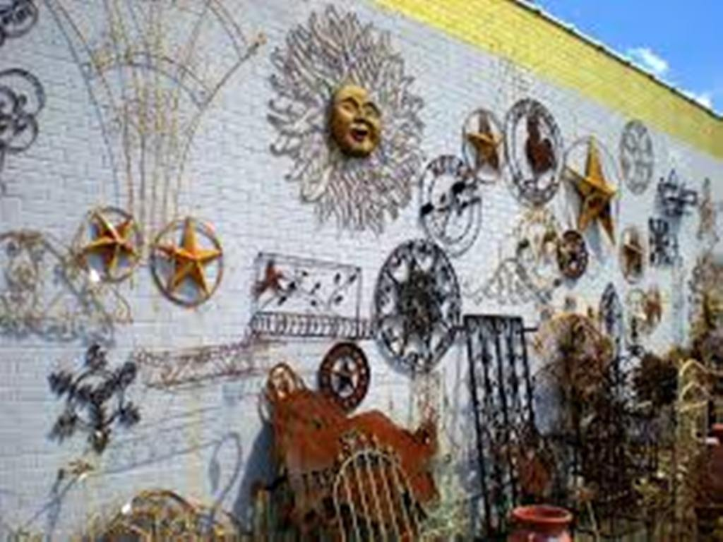 Image of: Outdoor Iron Wall Decor Bedroom