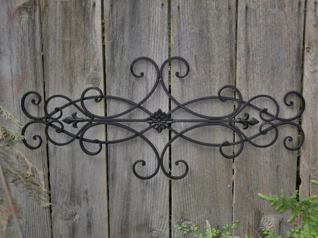 Image of: Outdoor Iron Wall Decor Metal