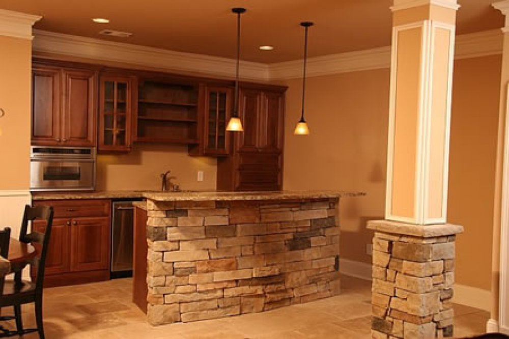 Rustic Small Basement Bar