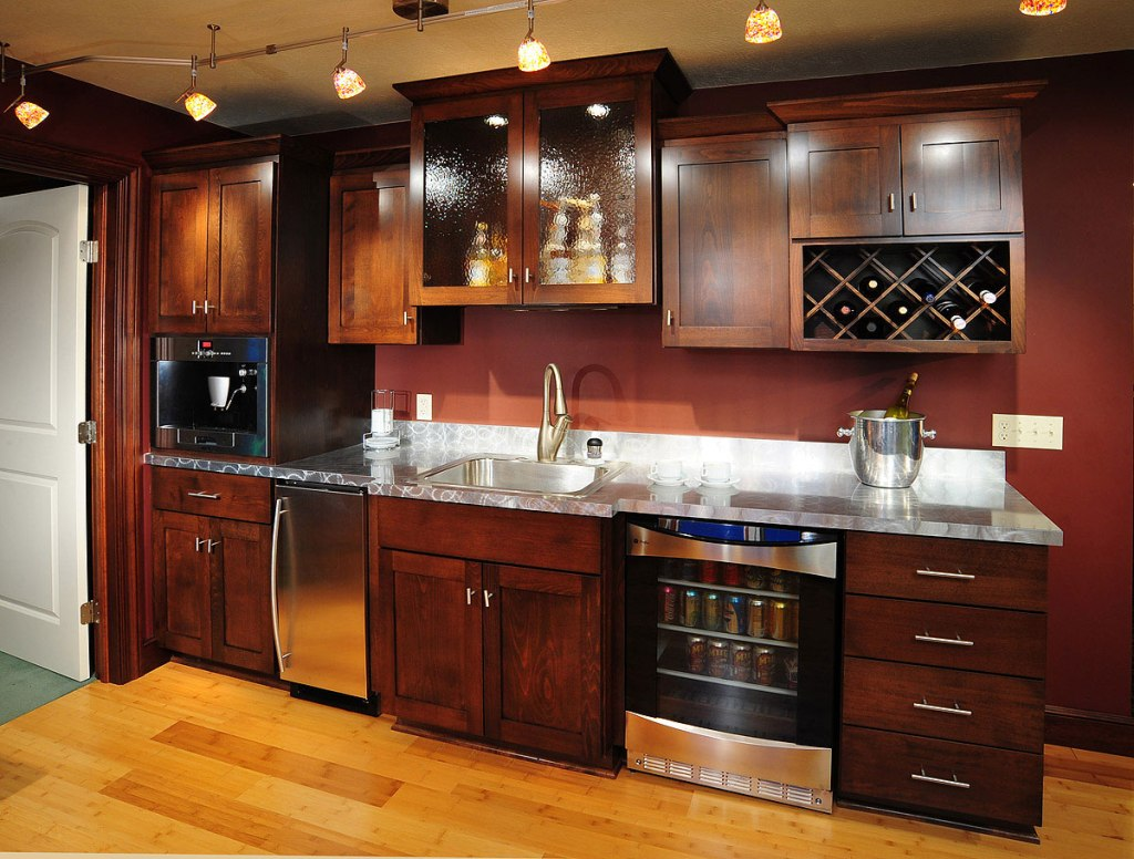 Image of: Small Basement Bar Ideas Pictures