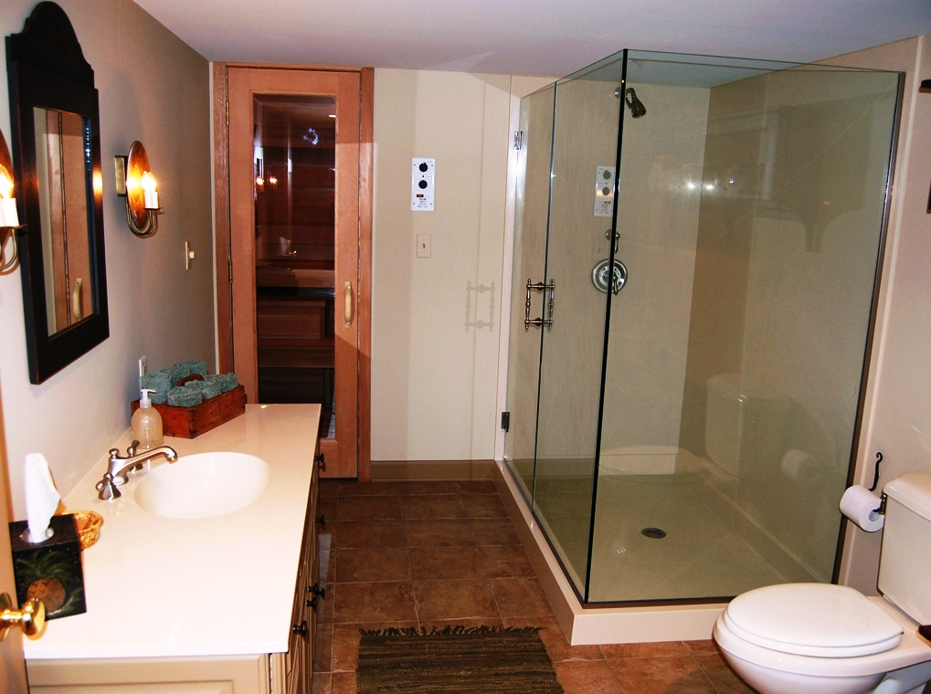 Image of: Small Basement Bathroom Designs