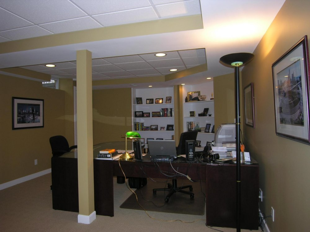 Small Basement Office Ideas Table