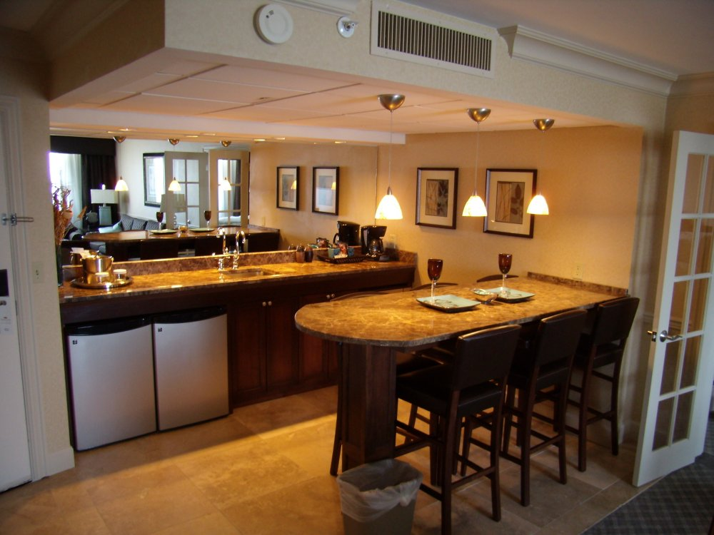 Picture of: Wet Bar Ideas For Basement Style