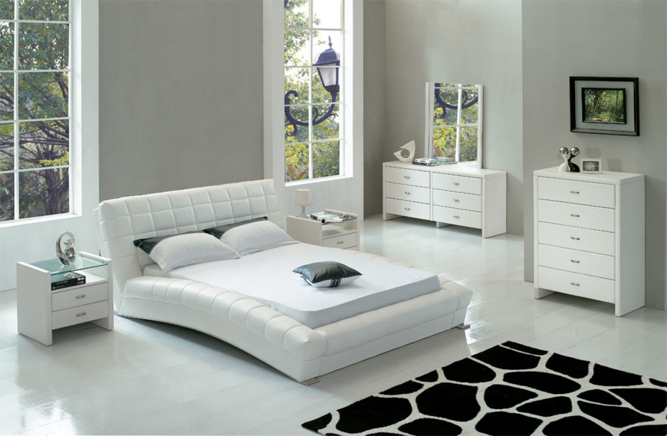 Image of: White Queen Size Mattress Set