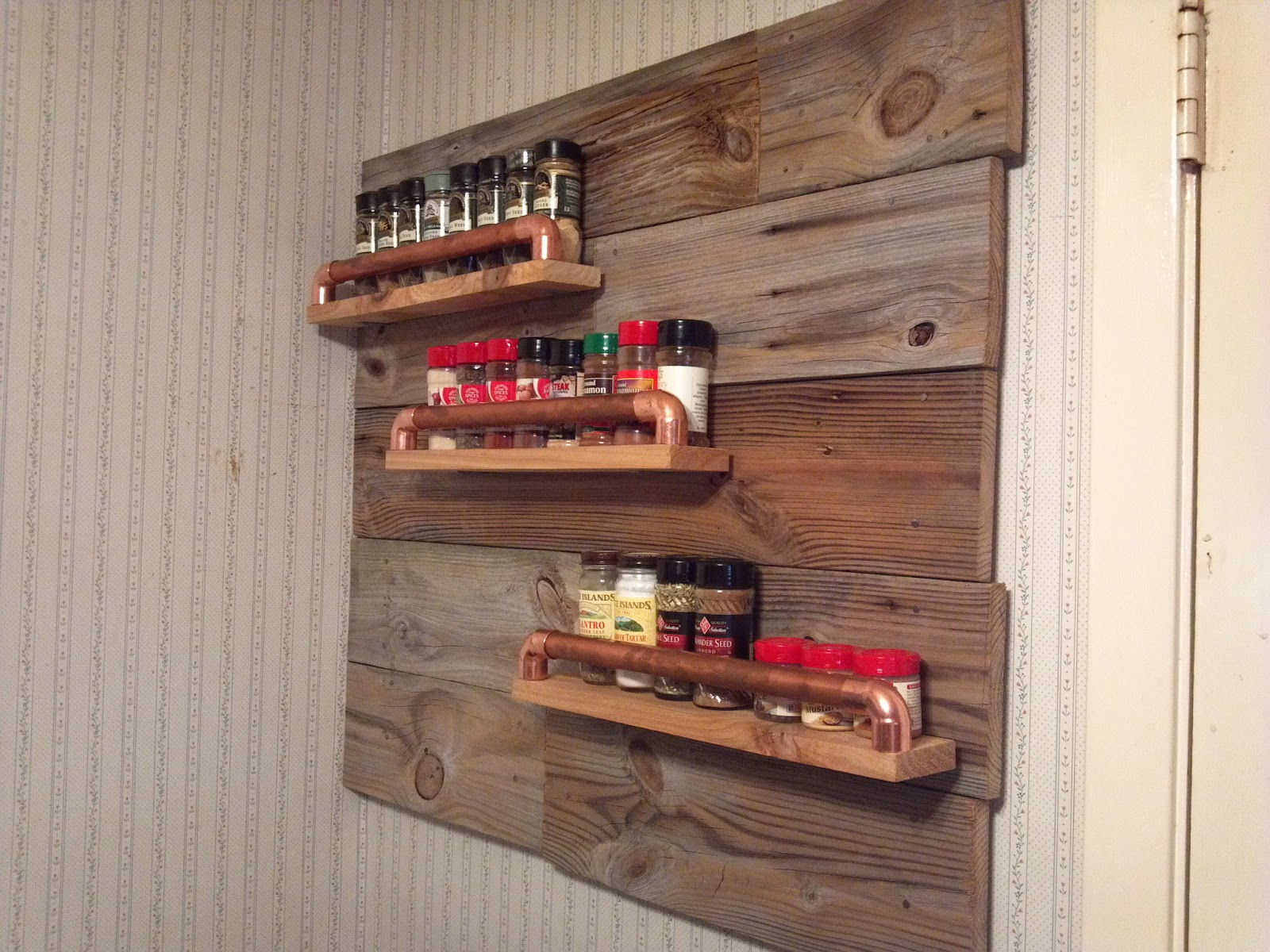 Image of: Cute DIY Rustic Wall Decor