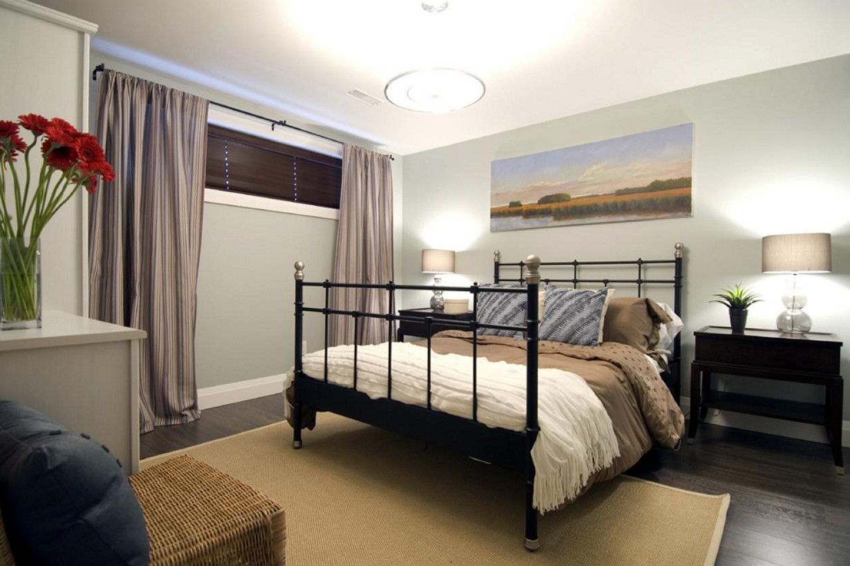 Picture of: Decorating A Basement Bedroom Popular