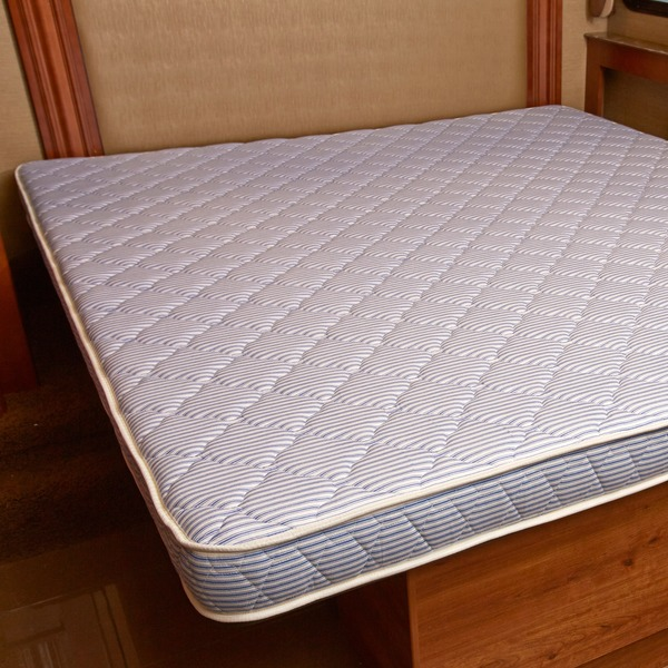 Image of: King Size Foam Mattress Large