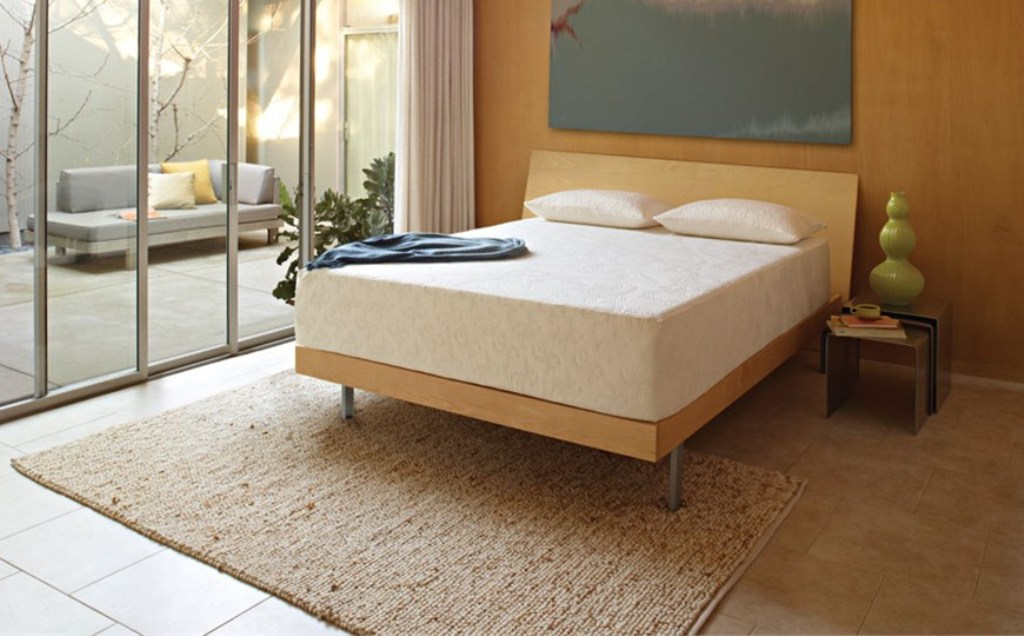 Image of: Queen Size Mattress and Frame Set