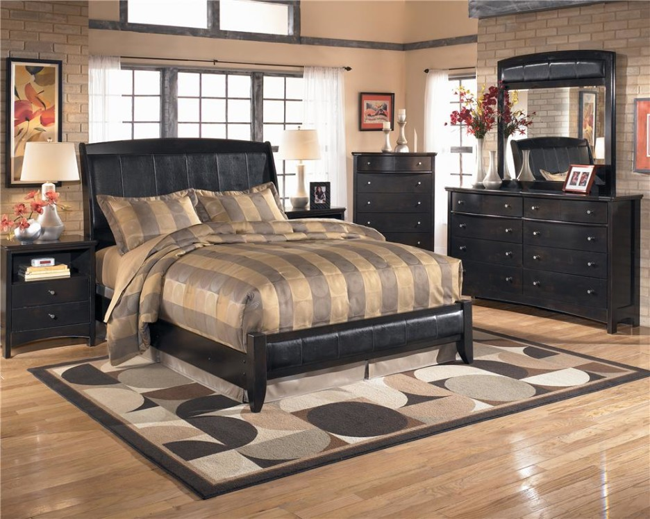 Image of: Queen Size Mattress and Frame