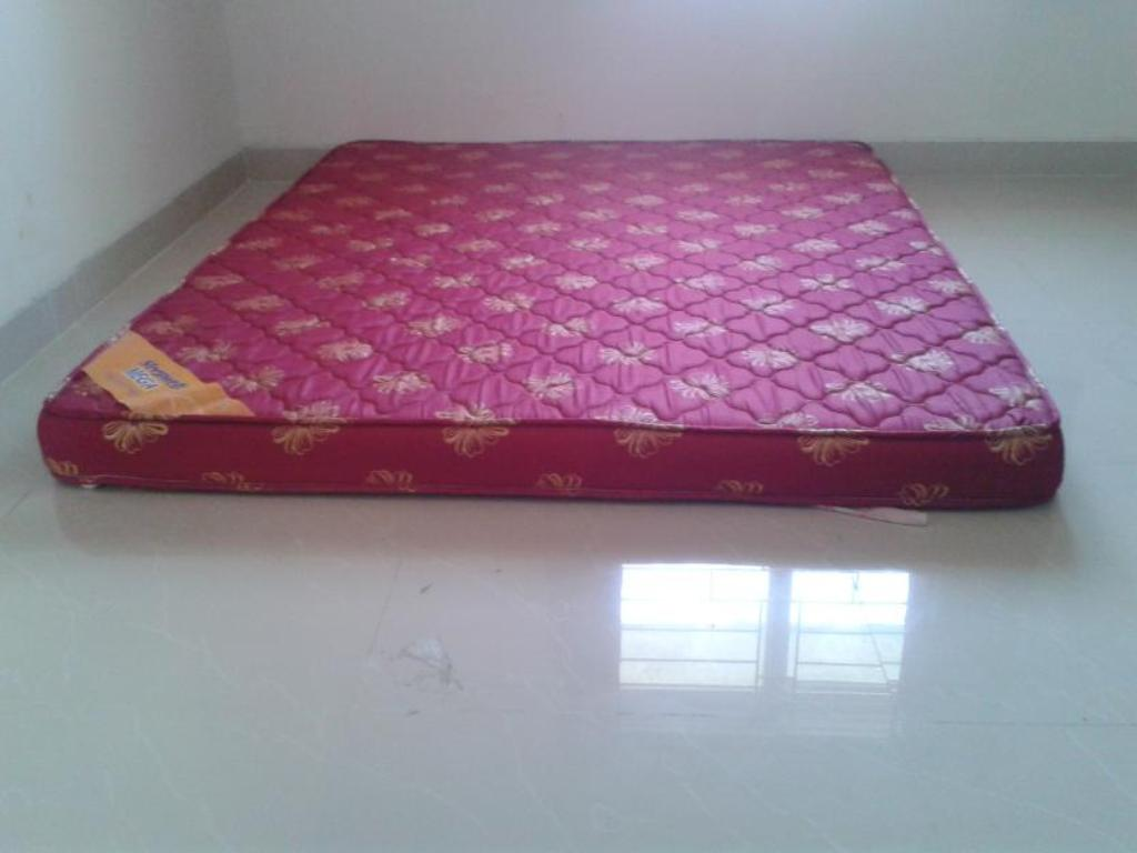 Picture of: Queen Size Mattress Bag