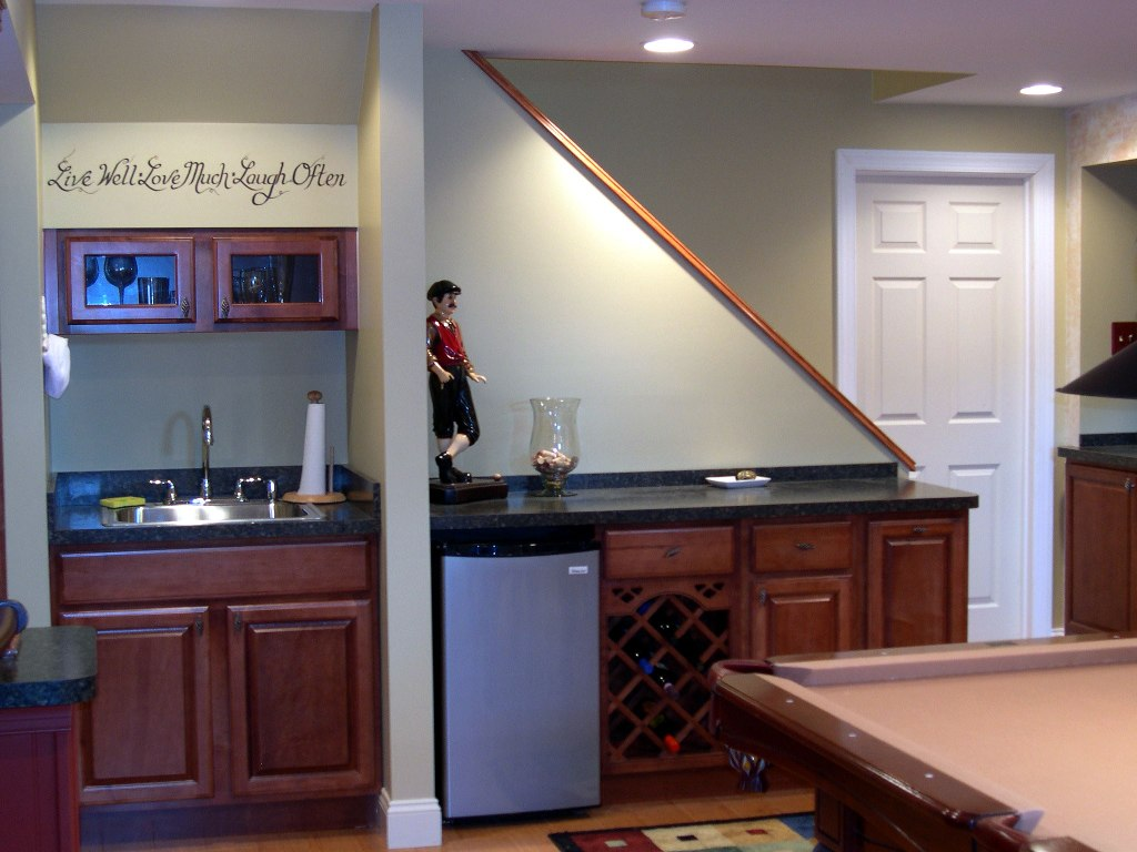 Small Basement Wet Bar