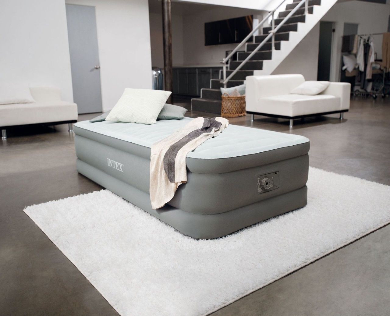 Picture of: Twin Air Mattress Ideas